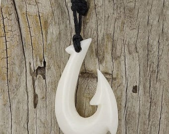 ON SALE 15% Maori Fish Hook Necklace, Hei Matau, Hand Carved, Bone, Surfer, Free Shipping