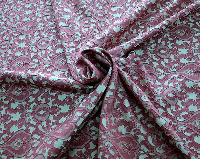 990071-114 Brocade-95% PL, 5% PA, width 130 cm, made in Italy, dry cleaning, weight 205 gr