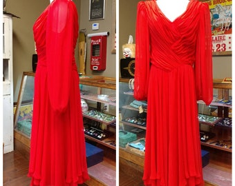 Clearance *** Beautiful Vintage Red Chiffon Gown