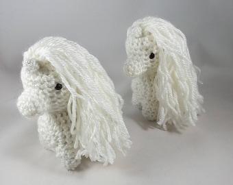 Unicorn, Crochet Unicorn, Snowcorn, Photography Prop, Gift for Girls, Gift for Her, Fantasy Animal, Fantasy Decor, Plushie
