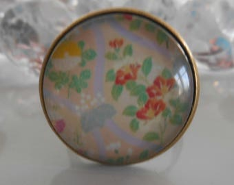 """Village, floral glass cabochon bronze ring"
