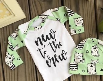 New to the Crew Baby Girl/ Boys Coming Home long Sleeve shirt and beanie hat, Baby Shower Gift Idea Going Home coming Home from Hospital Out