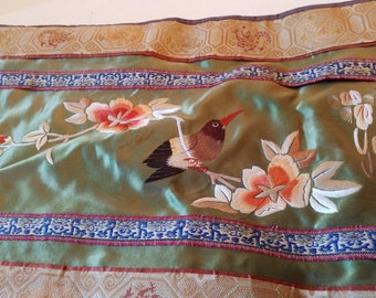 Chinese embroidered lined cloth