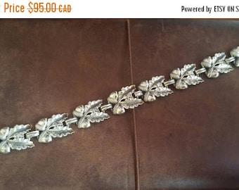 ON SALE Vintage Sterling Silver 'Acorn' Bracelet