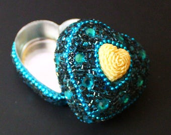 Blue Box Decorative Jewelry Boxes Antique Beaded Heart Small Storage Boxes Vintage Styles Gift Box Women Accessories Travel Boxes