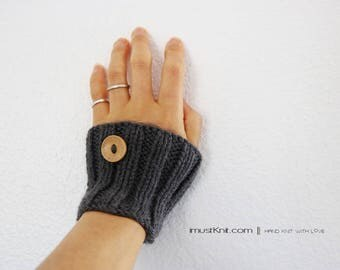 hand knit wrist cuffs ||  knitted wrist warmers with wooden buttons || wrist bands || ribbed cuffs -charcoal