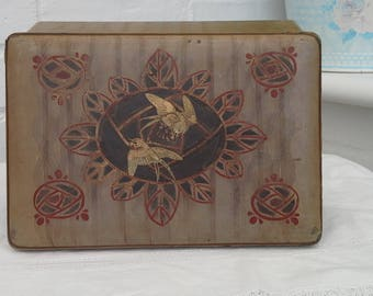 Vintage lacquered box
