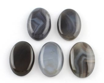 Natural Agate 30x20mm oval cabochon