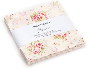 """Fleurs Charm Pack by Brenda Riddle of Acorn Quilt & Gift Company for Moda - (42) 5"""" x 5"""""""
