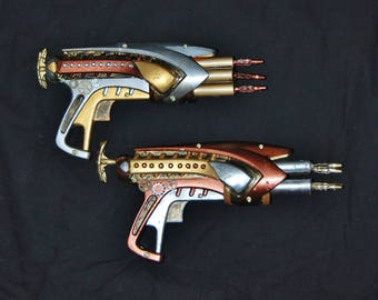 """Steampunk Gun Couples Gift Set of Two Cosplay Costume Post Apocalyptic Fantasy Prop Weapons Pair Toy Guns Gears Gold Silver Copper """"Rivets"""""""