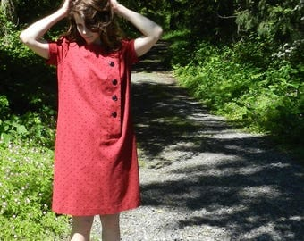 It's Modness! A Vintage Red and Black Polka Dot Shift Dress- Small to Large