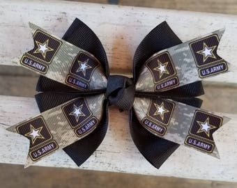 Small Acu flower hairclip:) | Wedding resources, Crafts