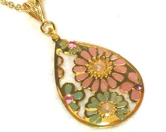 "Necklace ""antique flower - pale pink and green"""
