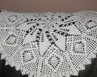 ROUND white DOILY point 32 cm diameter