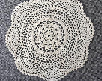 Vintage Crochet Doily, handmade off white cotton doily, vintage doilies, vintage lace, wedding decor