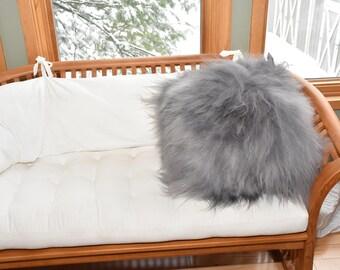 "Genuine icelandic sheepskin Pillow Fiber filled. 22"" x 22"" Gray"