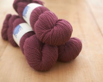 4 ply worsted spun yarn in Roseberry Topping