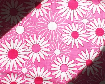 2,46Yrds Pink Daisy Cotton  Bright Ribbed Fabric Vintage70s HighQuality 100% Pure Cotton Floral Funky Breathable Perfect-for-Summer BigUnit