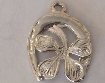 Sterling silver horse shoe and four leaf clover charm vintage #625 S