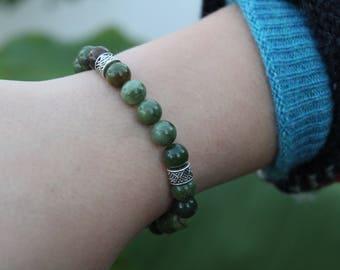 8mm Taiwan Green Jade Beaded Bracelet