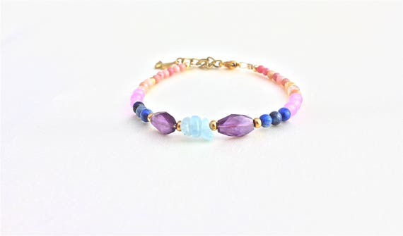 Bracelet gemstones: Amethyst, lapis lazuli stone Lavender jade Moon
