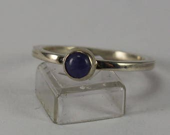 Sterling silver ring with tanzanite cabochon size 7.5 US