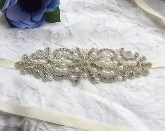 Wedding belt, embellished belt for dress, bridal sash, wedding dress belt, rhinestone belt for dress, pearl bridal sash, bridal belt
