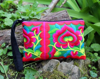 Embroidered Hmong purse, coin purse, ethnic purse, Thai purse, bohemian purse, colourful purse, gifts for her