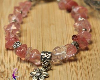 Bracelet rose quartz beads with metal flower pendant