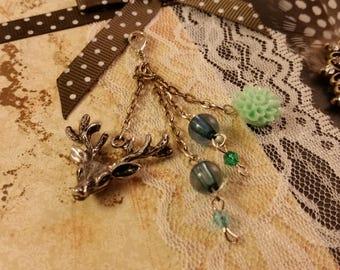 Deer head turqoise forest keychain