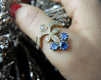 """Duchess"" in gold, sapphires and diamonds - Style 1900 ring / / / french gold ""Duchess"" ring with sapphires and diamonds - 1900's Style"