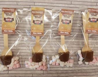Milk chocolate hot chocolate spoons (Pack of 4), simply stir into hot milk for the most delicious hot chocolate drink