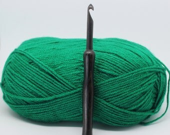 7mm Irish bog oak crochet hook, UK/Canada size 2