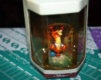 Disney Tiny Kingdom Tigger from Winnie The Pooh and the Honey Tree New In Box 1996