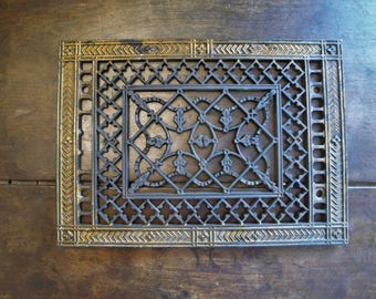 Antique Ornate Cast Iron Heat Grate ~ Vintage Ornate Heat Vent