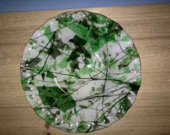 7 in fused glass bowl