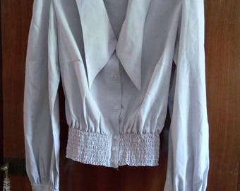 blouse style 1940 s model lovely light grey!