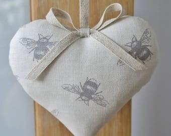Bumblebee Bee Door Hanger Hanging Heart Home Decor