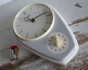 Peweta electric wall clock Küchenuhr 60s vintage blue white old clock ceramic