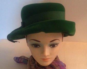 Anniversary Sale Vintage Green Velvet Hat