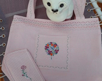 Embroidered Pink/White gingham Tote bouquet flowers on 1 pocket on front with a sunglasses pouch