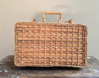 Wicker Bamboo Picnic Basket Case