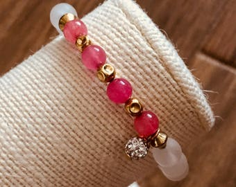Candy: Pinkish Coral & White Bracelet w/gold accents