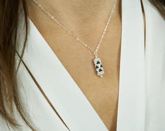 Necklace with pendant | Silver graphic