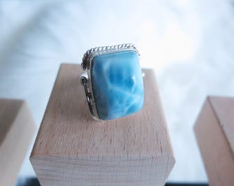 Size 4 Handmade Genuine Dominican Republic Larimar Sterling Silver Ring