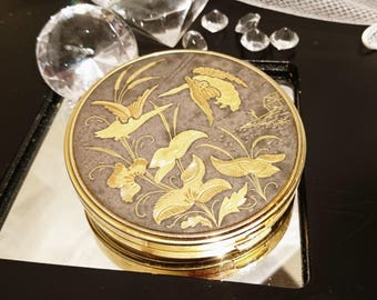 Beautiful vintage 1950's inlaid yellow metal compact, bird design, 50's mirror compact