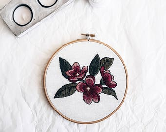 Flowers hand embroidery hoop art Home decor Floral embroidered wall hanging Embroidery art Fabric Wall Hanging Home Decor Hand Embroidery