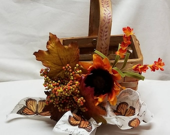 "Small Gift Basket Centerpiece  ""SUNSHINE"""