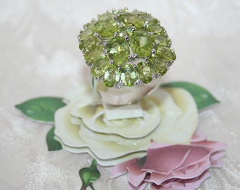 Ring set with genuine Peridot 925 sterling silver