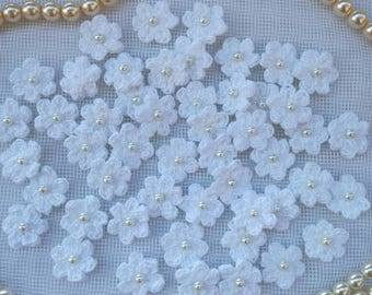 50pcs small crochet flowers